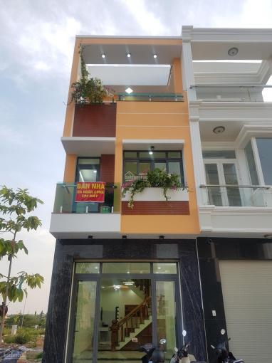 Hàng vip nhà phố KDC Phú Hồng Thịnh cách BigC Dĩ An 5p, 1 trệt 2 lầu 1 sân thượng 4,1tỷ bao sổ hồng ảnh 0