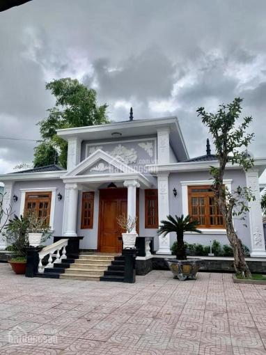 Bán nhà riêng kiểu biệt thự vườn, đầy đủ tiện nghi, DT 300m2, liền kề trung tâm TPHCM, giá tốt nhất ảnh 0