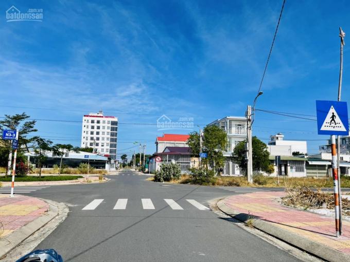 Bán đất Cam Hải Đông, mặt tiền đường N3-4 view công viên, giá rẻ 100% thổ cư. LH: 0901161***