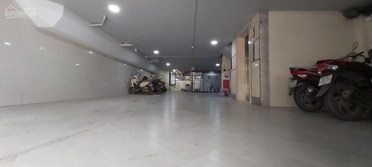 Chính chủ bán nhà mặt đường Tây Hồ, 200m2 x 7T MT 8m thang máy, hầm ô tô 73 tỷ ảnh 0