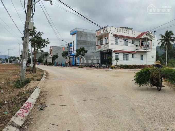 Khu dân cư Long Hà thị trấn La Hai, Tỉnh Phú Yên, nơi dân cư sầm uất, mức giá rẻ, dễ thanh khoản ảnh 0
