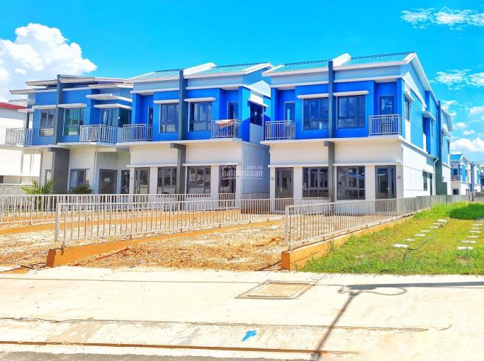Cần bán căn nhà biệt thự vườn Oasis City, Mỹ Phước, cách QL13 chỉ 600m, đối diện ĐH Việt Đức ảnh 0