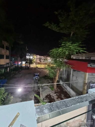 Nhà gần trung tâm thị trấn, đường Huỳnh Tấn Phát, Nhà Bè, 3PN ảnh 0