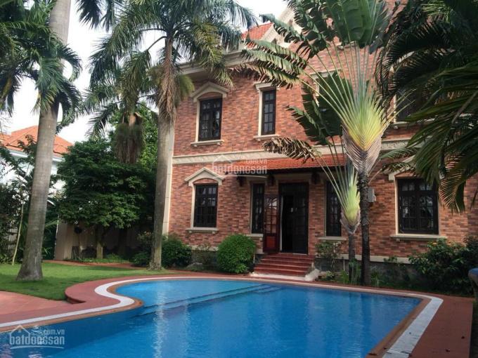 Biệt thự cổ điển sân vườn khu vip Thảo Điền, Quận 2 đang cho đại sứ quán thuê 311,654 triệu/tháng ảnh 0