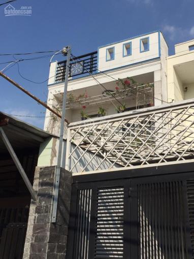 Bán nhà lầu - DT công nhận 105 m2, có chỗ để xe hơi cách Lê Thị Hà chỉ 100m ảnh 0