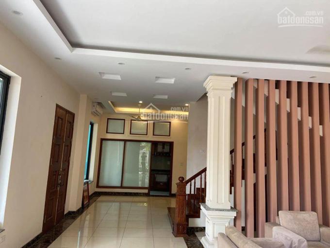 Cho thuê biệt thự để ở, làm văn phòng Việt Hưng, Long Biên, 25 triệu/ tháng, 200m2 LH: 0984.373.362 ảnh 0
