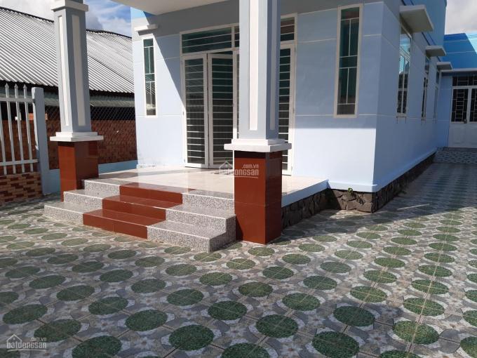 Nhà mới toanh, rào tường riêng, đất rộng, có thổ cư, ngang 8m, TP. Bến Tre. DT: 239 m2, giá 798 tr ảnh 0