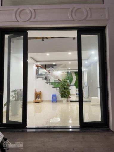 Cho thuê nhà mới đường Huỳnh Tấn Phát, full nội thất, Phú Thuận, Quận 7 ảnh 0