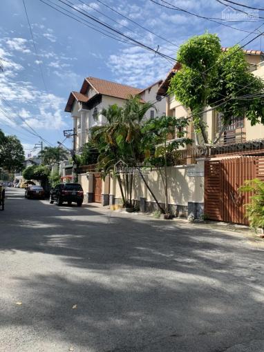 Bán biệt thự tuyệt đẹp khu VIP đường Nguyễn Văn Trỗi, P. 15, Q. Phú Nhuận, DT: 380m2, giá chỉ 55 tỷ ảnh 0