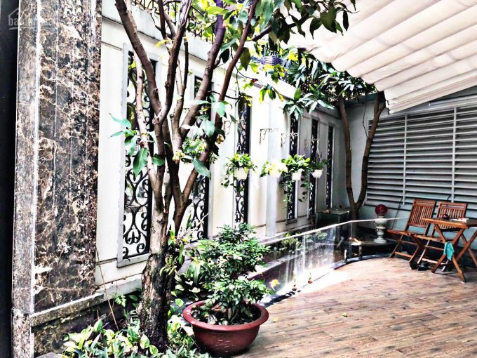 Biệt thự sân vườn gần 200m2 trong KDC đường Nguyễn Thị Thập, Quận 7. Liên hệ Phú Quí 079999-7099 ảnh 0