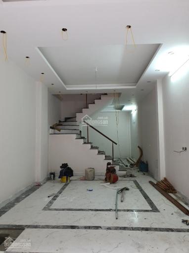 Cần bán gấp nhà tại Khương Đình, DT: 50m2 x 4 tầng, nhà mới, lô góc. MT: 4m, ngõ ô tô đỗ cửa, SĐCC ảnh 0