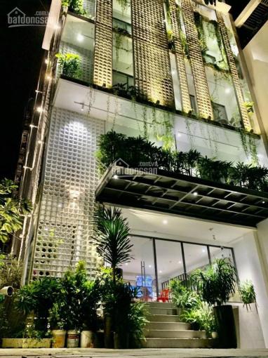 Bán căn mặt tiền đường chính Thảo Điền, quận 2 10x30m CN 289m2 giá 49 tỷ TL xây 7 tầng ảnh 0