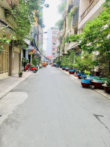 Nhà bán chính chủ hẻm 10m Thành Thái, Quận 10, DT hơn 200m2 phù hợp xây CHDV, giá chỉ 30.5 tỷ TL ảnh 0