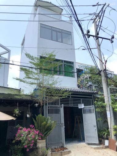 Nhà mới xây D2 nối dài 4 x 14m trệt 3 lầu 5P. Giá 20 triệu/tháng tốt VP, ở gia đình ảnh 0
