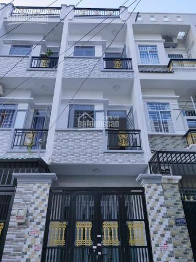 Bán nhà tặng nội thất, sổ hồng 3 lầu, 4PN, sân thượng, trung tâm hành chính huyện Nhà Bè ảnh 0