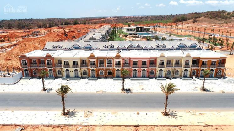 Chuyển nhượng nhà phố 6x20m, gía tốt nhấ trên thị trường giá 4.4 tỷ bao phí, thuế. 0909750300 ảnh 0