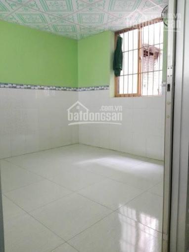 Bán chung cư lầu 3 SHR mặt tiền Phùng Hưng, P13, Q5 ảnh 0