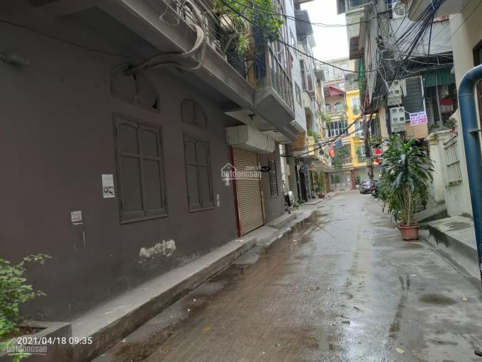 Chính chủ bán nhà ngõ 20 phố Phan Kế Bính, Ba Đình diện tích: 50m2 x 4T, MT: 4m. Giá: 9,6 tỷ