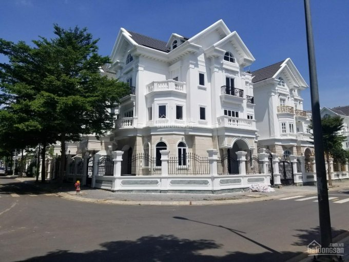 Cho thuê biệt thự khu Cityland Garden Hills, phường 5, Gò Vấp diện tich 17x19m 1 hầm 3 lầu ảnh 0