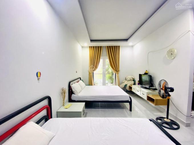 Cho thuê nhà phố Mega Village Khang Điền, 5x15m, full nội thất, hướng Đông Nam: 0938858283 ảnh 0