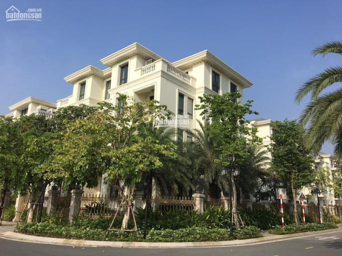 Bán biệt thự khu dân cư Miếu Nổi Phan Xích Long, 8.2x16.1m, 3 tầng, giá 32 tỷ ảnh 0