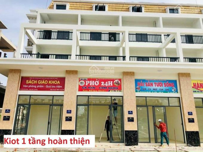 Bán gấp kiot 2 tầng ngoại giao căn góc view đẹp Chợ Tiên Lữ - liên hệ 0969264523 ảnh 0