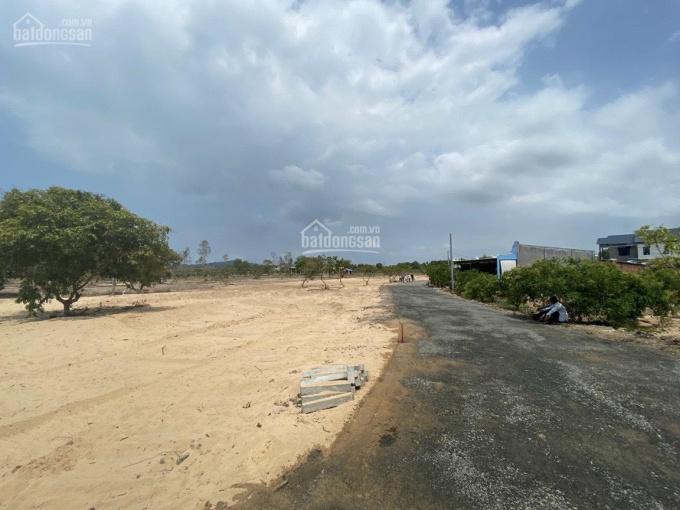 Đất nền cách bãi Biển 300m. Sổ đỏ full ảnh 0