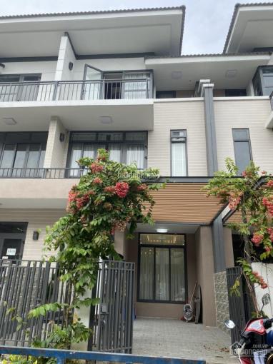 Bán căn nhà phố Lavila Kiến Á nội thất tân cổ điển giá 10.35 tỷ. LH 0989866306 Tuyền ảnh 0