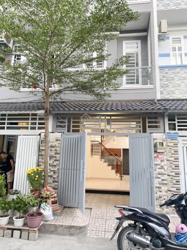 Bán nhà 2 lầu hẻm xe hơi 6m 2266 đường Huỳnh Tấn Phát, thị trấn Nhà Bè ảnh 0