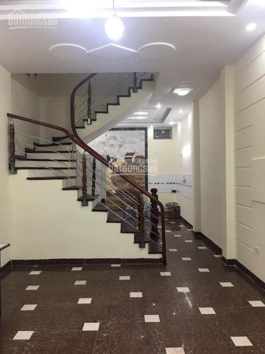 Cho thuê nhà 5 tầng trong ngõ 59 phố Hoàng Cầu, diện tích 55m2 x 5 tầng, giá thuê 17 tr/tháng ảnh 0