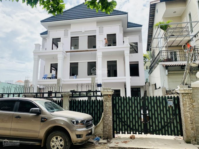 Biệt thự Nguyễn Văn Linh, quận 7 DT 493m2 nhà mới xây 3 tầng full nội thất, 44 tỷ LH 0902 878 604 ảnh 0