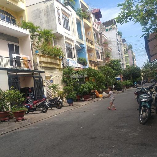 Bán gấp HXH 10m đường 543 Nguyễn Đình Chiểu, phường 2, quận 3, ngang 4.5m dài 10m cho thuê 24 tr/th ảnh 0