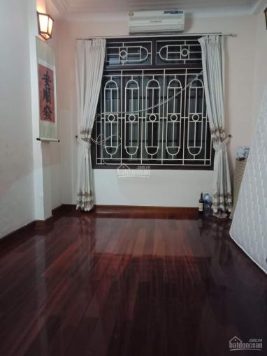 Cho thuê nhà ngõ 89 Thái Hà, 5 tầng, 3 ngủ, đồ cơ bản, ô tô cách nhà 20m, 10tr/th ảnh 0
