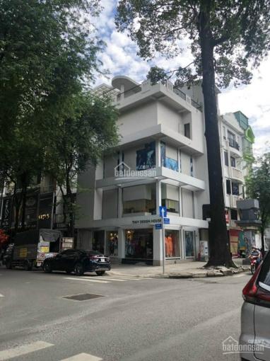 Cho thuê nhà 2MT Lê Thánh Tôn, Quận 1 - Nhà ngang 6m trệt 3 lầu có sân thượng ảnh 0