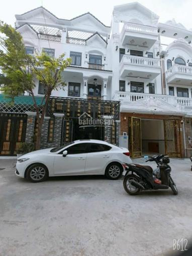 Bán gấp nhà mặt phố 5x18m, phường Phú Xuân, huyện Nhà Bè, giá 5.7 tỷ thương lượng ảnh 0