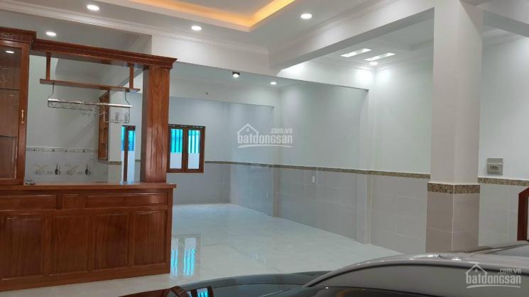 Cần bán căn nhà 2 lầu mới xây Đông Hưng Thuận 06  vào 1/ DT 6 x 18, giá 5,8 tỷ, đường 4 m bê tông ảnh 0