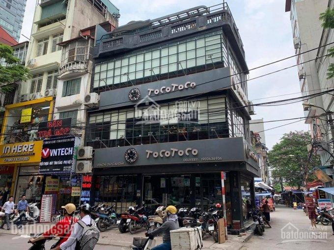 Cực hiếm bán nhà mặt phố Chùa Láng, mặt tiền 8.8m, 4 tầng thông sàn, S 50m2, lô góc vip 24.7 tỷ TL ảnh 0