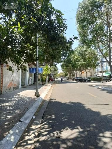 Cần bán căn biệt thự mặt tiền đường Lương Văn Nho phường 9, TP Vũng Tàu, khu vực dân trí cao ảnh 0