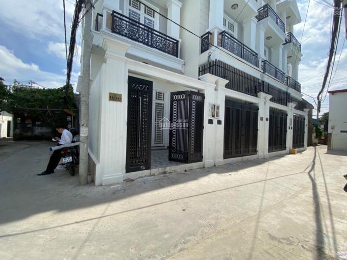 Nhà mới 100% 2 MT 3 Lầu, khu ven sông Phạm Văn Đồng Gigamall, SHR, giá tốt, Hiệp Bình Chánh Thủ Đức ảnh 0