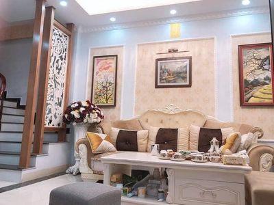 Cho thuê nhà ngõ 99 Nguyễn Chí Thanh, 45m2 x4T ngõ ô tô tránh nhau ảnh 0