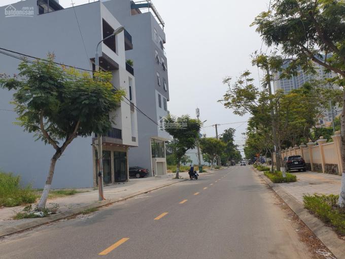 Bán đất biển đường Trần Đình Đàn đường 7m5 trục thông thẳng biển Mỹ Khê, cách biển 300m ảnh 0