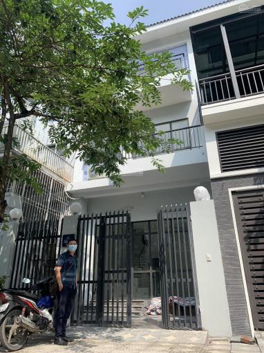 Cho thuê gấp nhà phố Quang Trung, Hà Đông diện tích 90m2, 3 tầng, mặt tiền 4,5m, giá 27tr/th ảnh 0