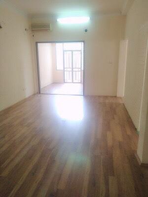 Cho thuê nhà phố Tôn Thất Thiệp, Ba Đình; giá 22 triệu, phù hợp văn phòng, homestay ảnh 0