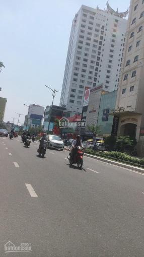 Bán showroom 5 tầng mặt tiền Nguyễn Văn Linh 206m2, gần Hoàng Diệu. LH: 0935905599 ảnh 0