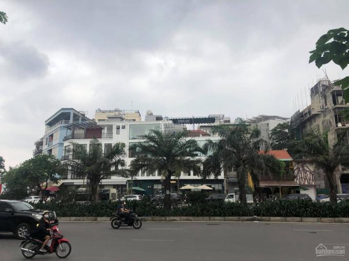 Nhà MP Nguyễn Đình Thi 51m2, MT 5.4m, vỉa hè 3m, vị trí đẹp, KD đỉnh, giá 14.8 tỷ (290 tr/m2) ảnh 0