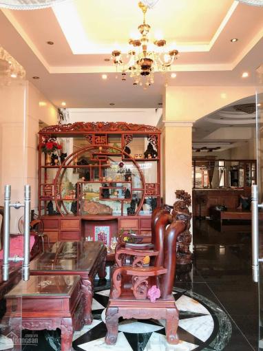 Bán biệt thự 192m2, tặng nội thất cao cấp, Huỳnh Tấn Phát, Tân Thuận Đông, quận 7, giá chỉ 30 tỷ ảnh 0
