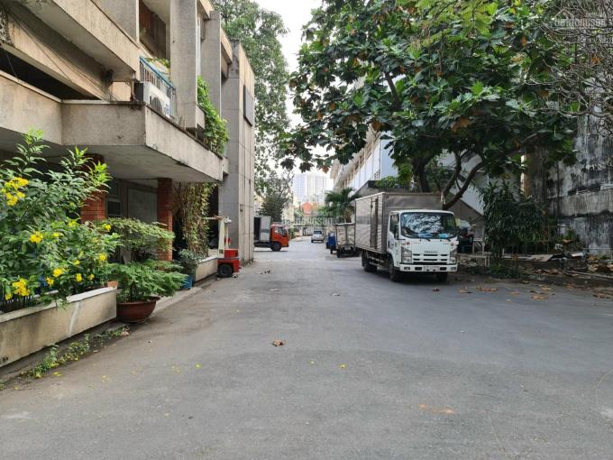 Cho thuê kho xưởng gần 1000m2 trong tổng kho lớn có bảo vệ 24/24 mặt tiền đường Nơ Trang Long ảnh 0