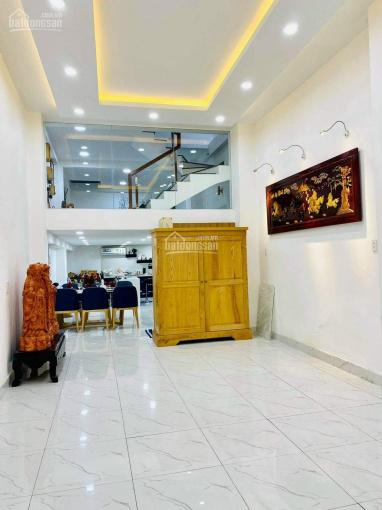 Bán nhà mặt tiền kinh doanh đẹp nhất đường Hùng Vương, quận 10, DTSD: 380m2, 5 lầu, giá 17.7 tỷ ảnh 0