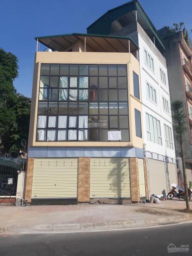 Cho thuê nhà mặt phố Tô Hiệu. Diện tích 130m2 x 3 tầng 1 tum, mặt tiền 4,5m có hè rộng ảnh 0