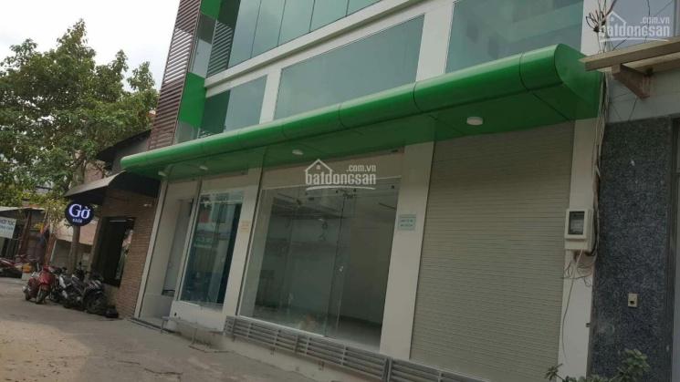 Cho thuê tòa nhà mặt tiền Nguyễn Giản Thanh, P15, Q10 - nở hậu - có thang máy ảnh 0